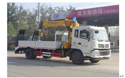 程力威牌CLW5162JSQT4型随车起重运输车