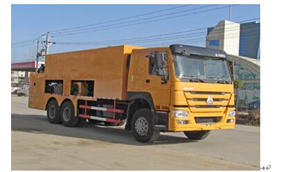 程力威牌CLW5251TFCZ4型稀浆封层车