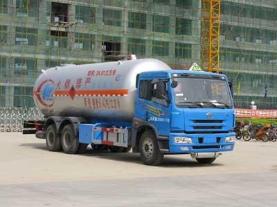 程力威牌CLW5250GYQ型液化气体运输车