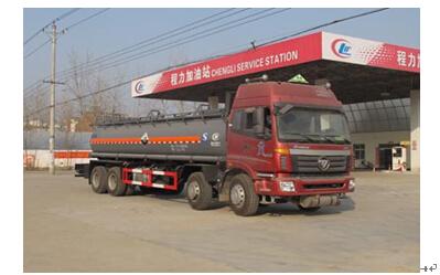 程力威牌CLW5314GFWB4型腐蚀性物品罐式运输车